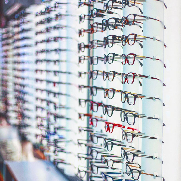 lenses laurentians